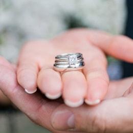 what is tungsten wedding bands