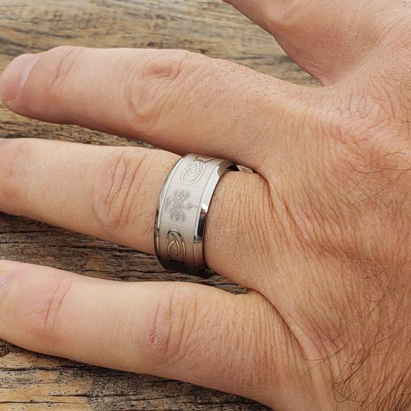 10mm-shamrock-irish-signet-rings