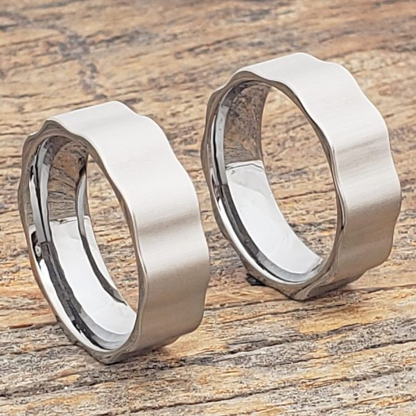 axel-matching-gear-brushed-unique-rings