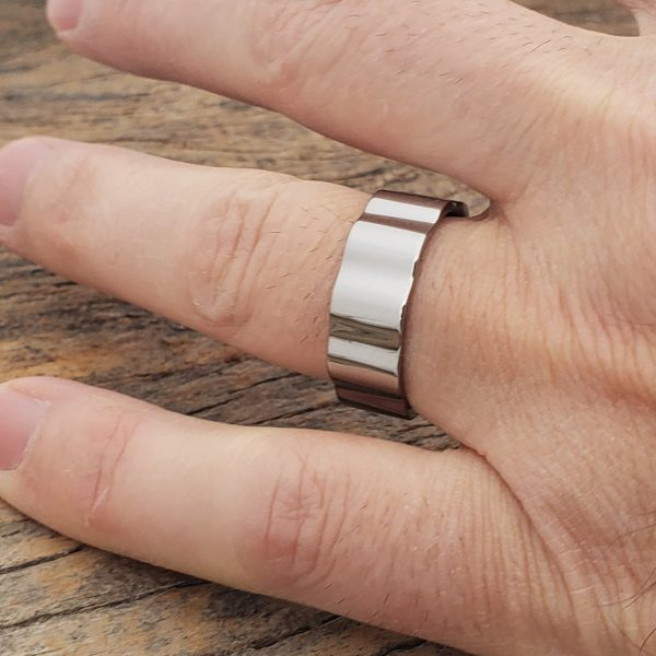 axel-mens-gear-8mm-polished-unique-rings