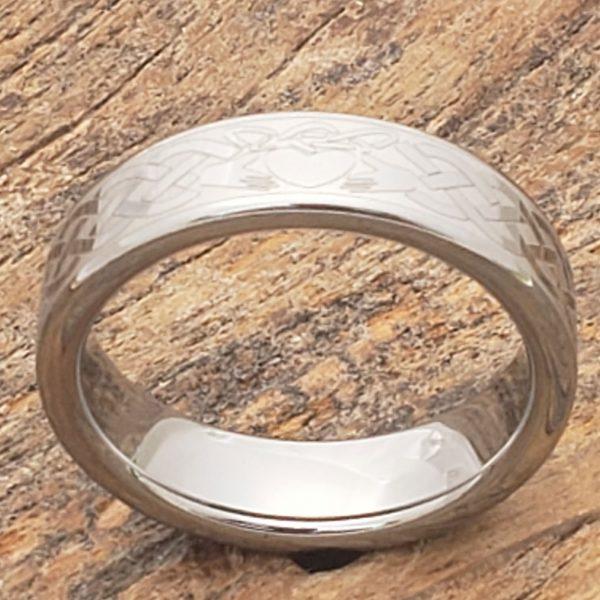 clatter-irish-flat-claddagh-ring