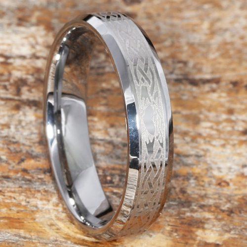 Clatter Irish Heart Crown Hands Beveled Claddagh Rings