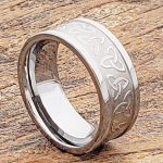 conquest-carved-triquetra-trinity-signet-ring