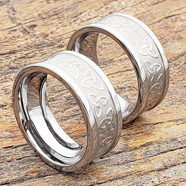 conquest-carved-triquetra-trinity-signet-rings