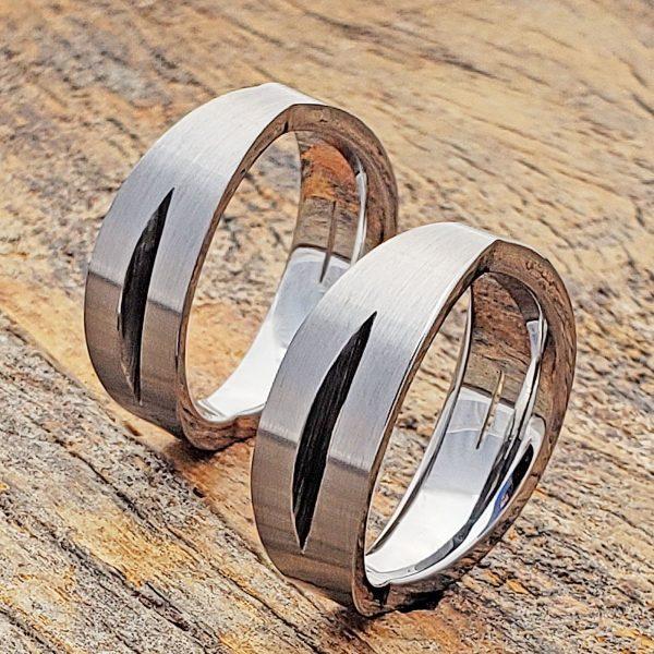 eccentricity-sculpted-unique-ring