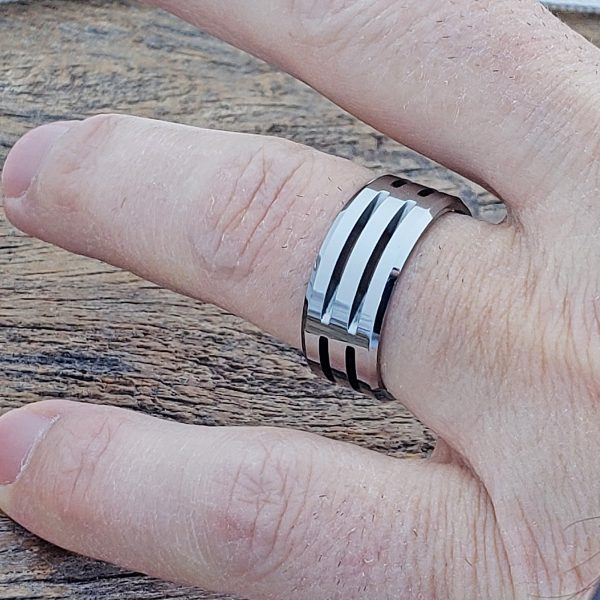 fenris-sculpted-unique-rings-9mm