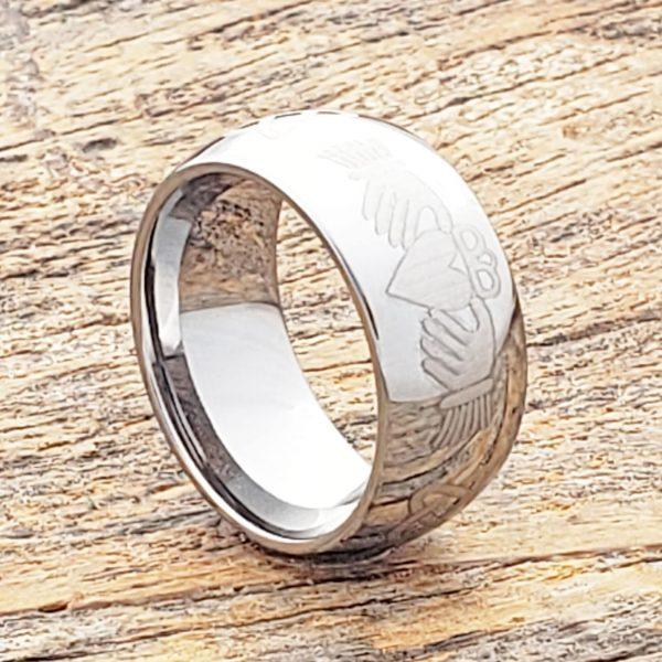 helios-irish-mens-10mm-knotwork-claddagh-rings