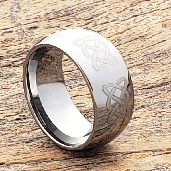 helios-irish-mens-knotwork-10mm-claddagh-rings
