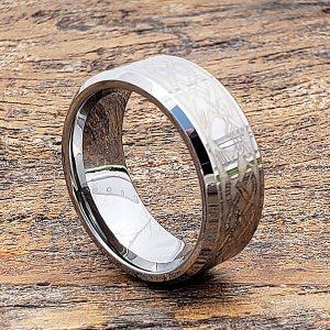 irish-beveled-claddagh-rings