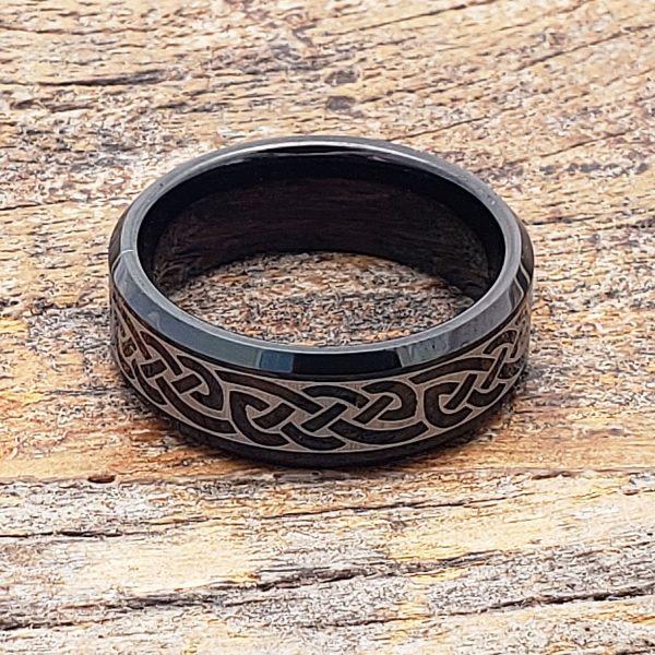 medieval-irish-black-bevel-celtic-rings