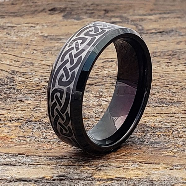 medieval-irish-black-beveled-celtic-ring