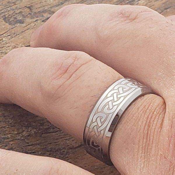 medieval-silver-irish-beveled-celtic-rings-8mm