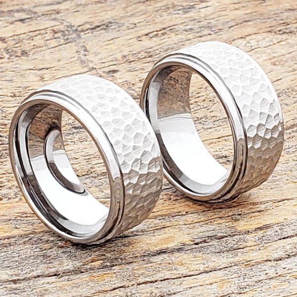 mens-10mm-polished-step-edges-hammered-rings