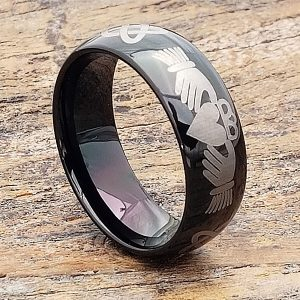 mens-black-comfort-fit-knotwork-claddagh-rings