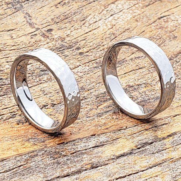 mens-flat-tungsten-hammered-ring