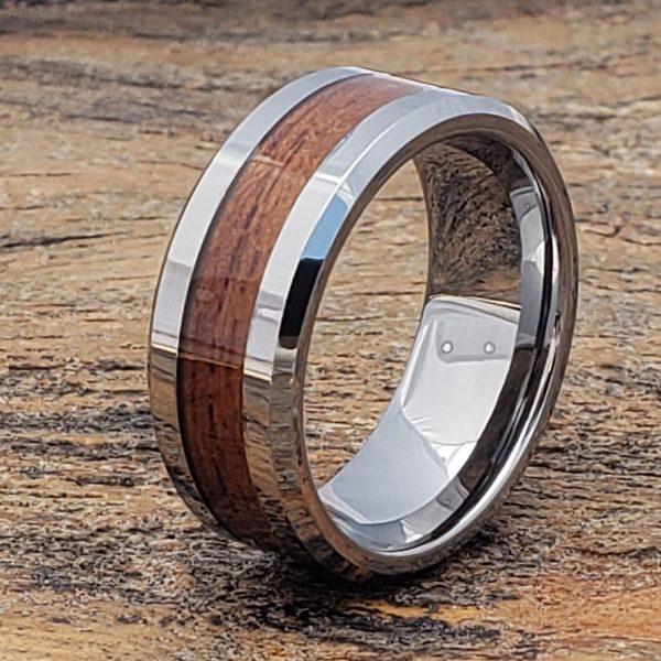 neptune-men-beveled-wooden-ring