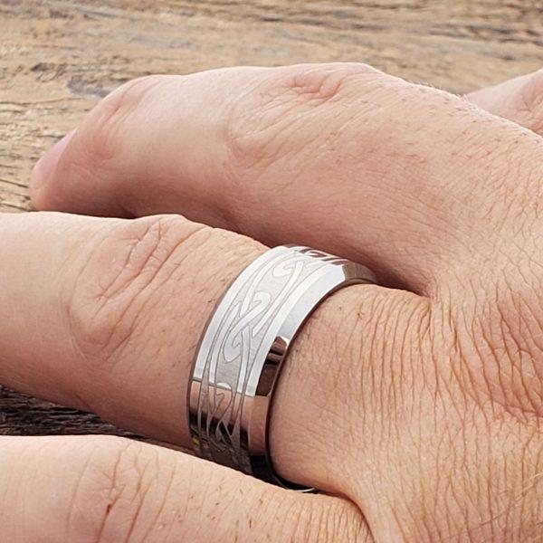 oracle-9mm-eternity-irish-beveled-celtic-rings