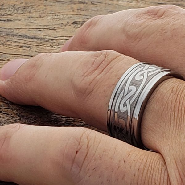 oracle-eternity-silver-knot-grooved-10mm-celtic-rings