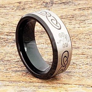 shamrock-black-8mm-signet-rings