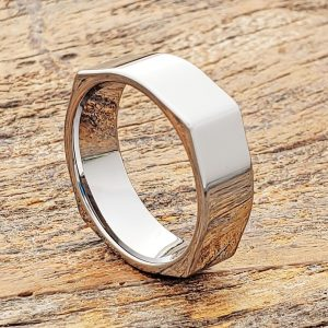 squared-7mm-mens-polished-unique-rings
