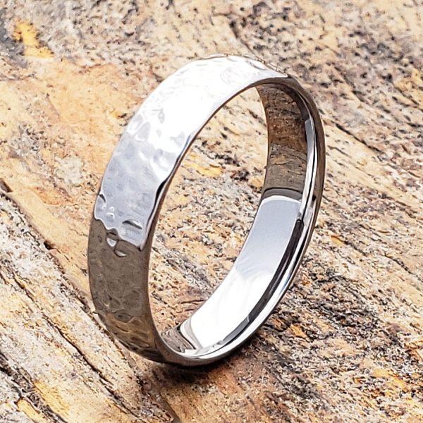 tungsten-ultra-polish-hammered-ring