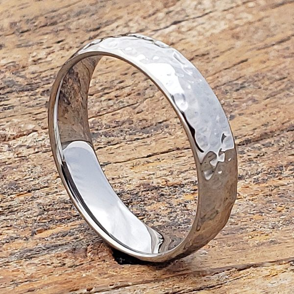 tungsten-ultra-polish-hammered-rings