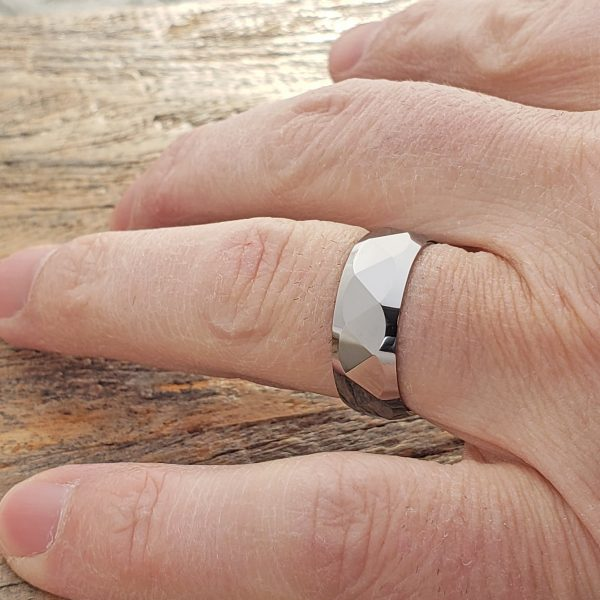 apollo-multi-faceted-tungsten-7mm-rings