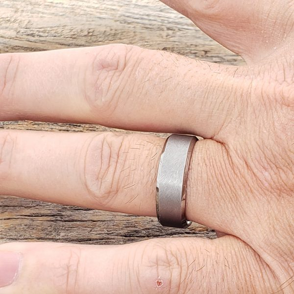 athens-cross-brushed-tungsten-7mm-rings