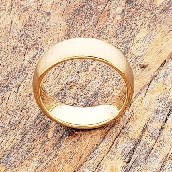 bellatrix-antique-brushed-gold-7mm-tungsten-rings