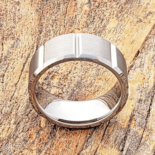 bryson-beveled-tungsten-wedding-bands-9mm