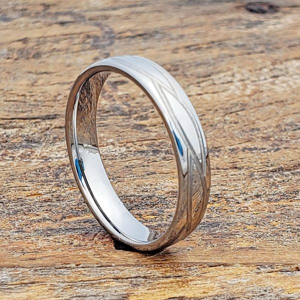 caesar-womens-4mm-polished-carved-rings