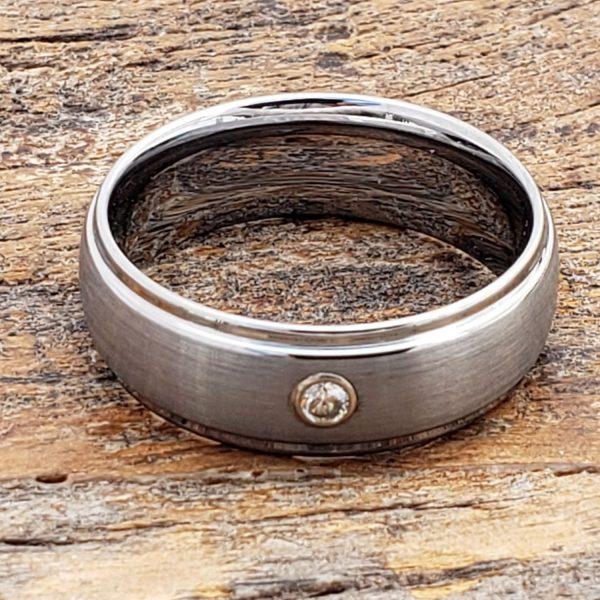 classique-solitaire-gemstone-mens-ring