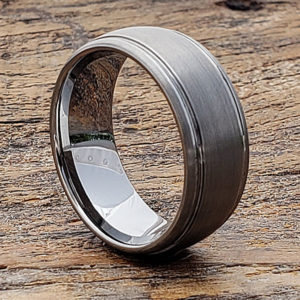 contrasting tungsten wedding bands