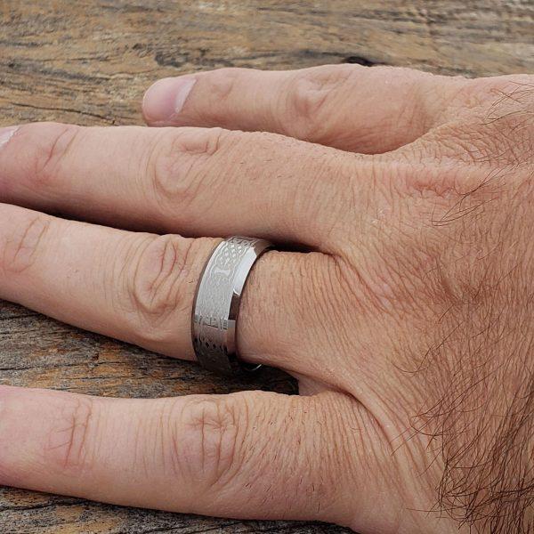 crux-celtic-polished-cross-8mm-rings