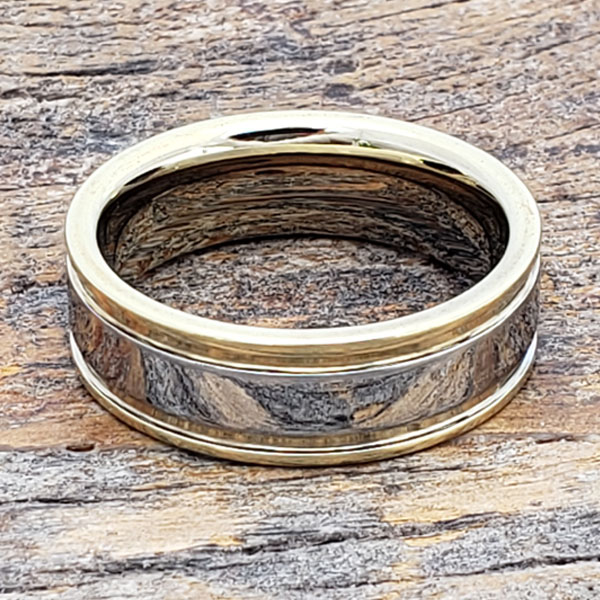 dagda-grooved-gold-tungsten-ring