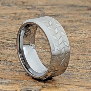diamond-plate-brush-carved-rings
