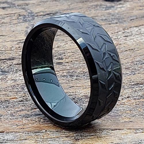 Diamond Plate Mens Black Carved Rings