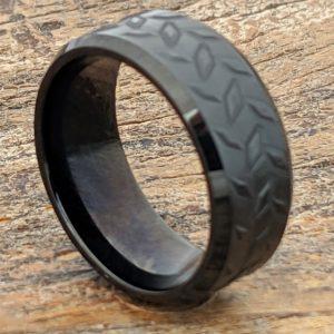diamond-plate-mens-black-carved-rings