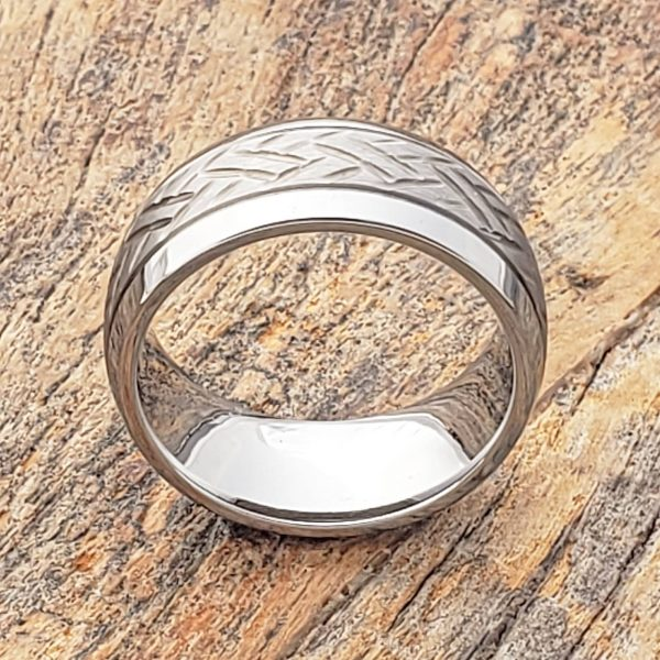 draco-mens-two-tone-9mm-carved-rings