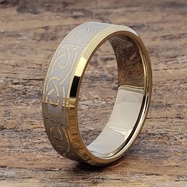 dublin-gold-beveled-infinity-ring-7mm