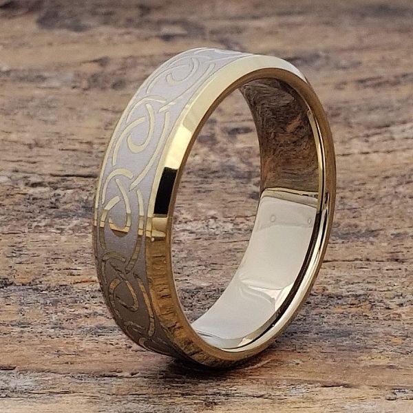 dublin-gold-beveled-infinity-ring-7mm