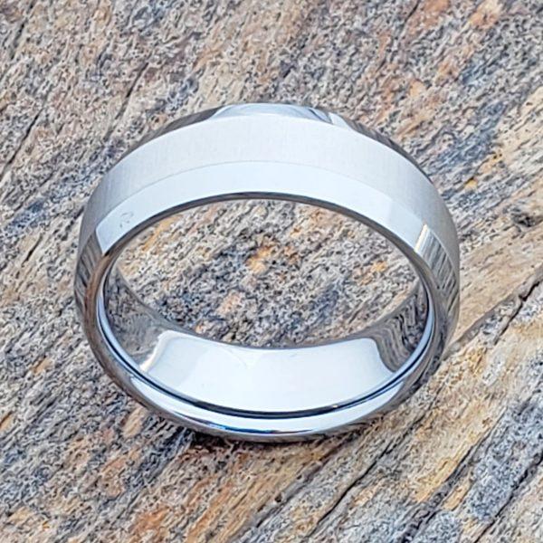 eternal-laser-engraved-8mm-tungsten-wedding-bands