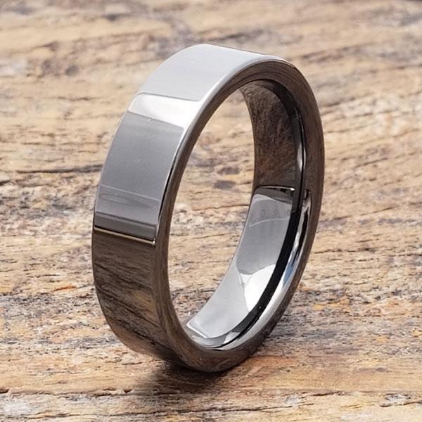 europa-light-black-grey-tungsten-ring