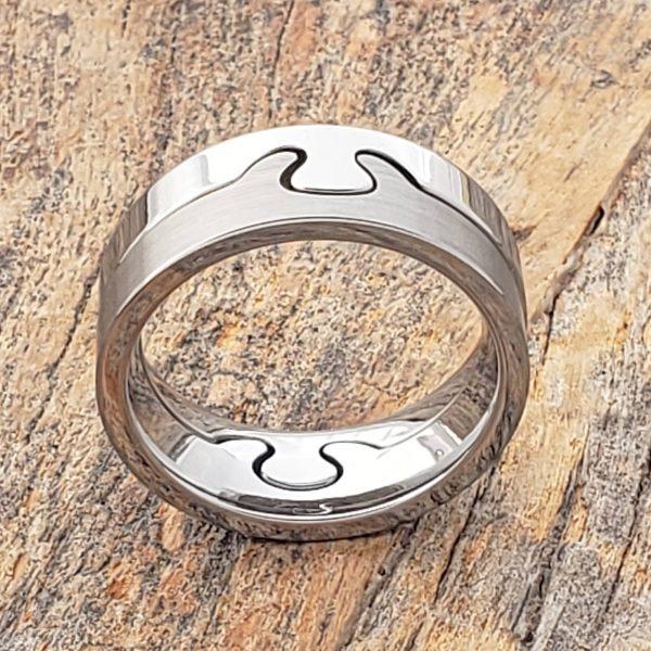interlocking-polished-puzzle-8mm-rings