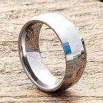 janus-shiny-mens-parallel-8mm-faceted-tungsten-rings