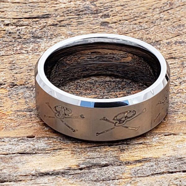 jolly-roger-mens-skull-rings-10mm