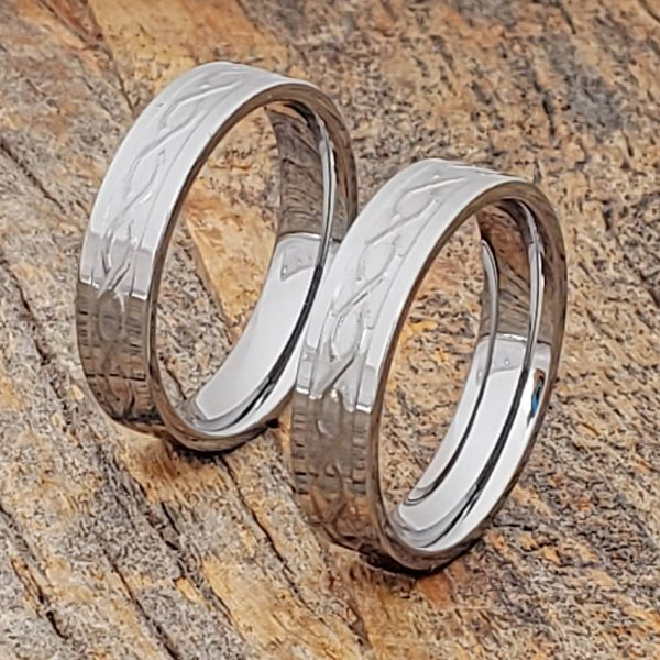 jupiter-5mm-matching-carved-infinity-rings