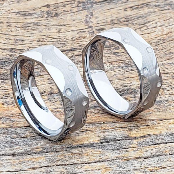 metropolis-7mm-brushed-mens-faceted-tungsten-rings