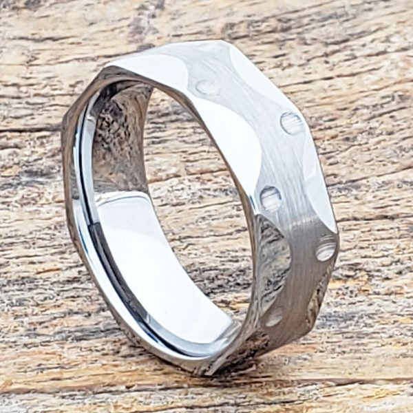 metropolis-brushed-7mm-mens-faceted-tungsten-rings