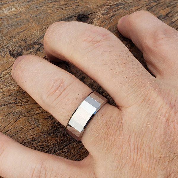 oblong-rectangular-facet-tungsten-ring